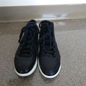Under Armour women's high tops size 6